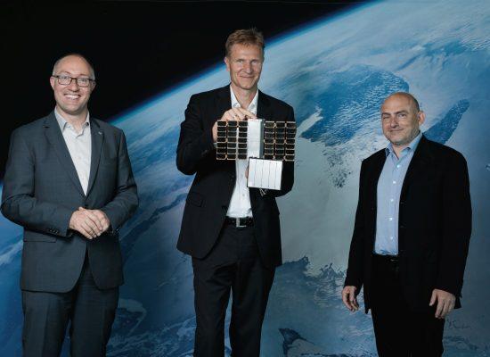 Adler-1 Project partners from left: Gernot Groemer (OeWF), Christian Federspiel (Findus Venture Gmbh), Peter Platzer (CEO Spire Global) (c) OeWF/vog.photo